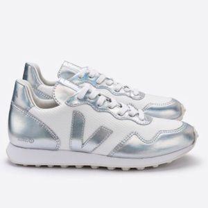 VEJA SDU HEXA B-Mesh sneakers size 9